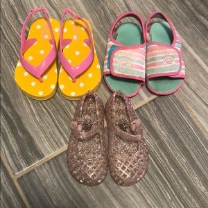 Set of 3 Old navy toddler girl sandals sz 6 & 7